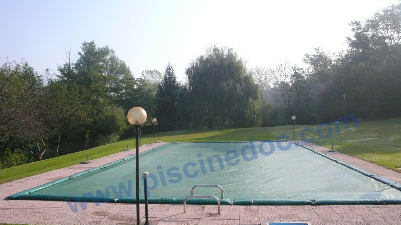 Coperture o teli per piscina a prezzi offerta e consegna for Teli impermeabili per laghetti prezzi